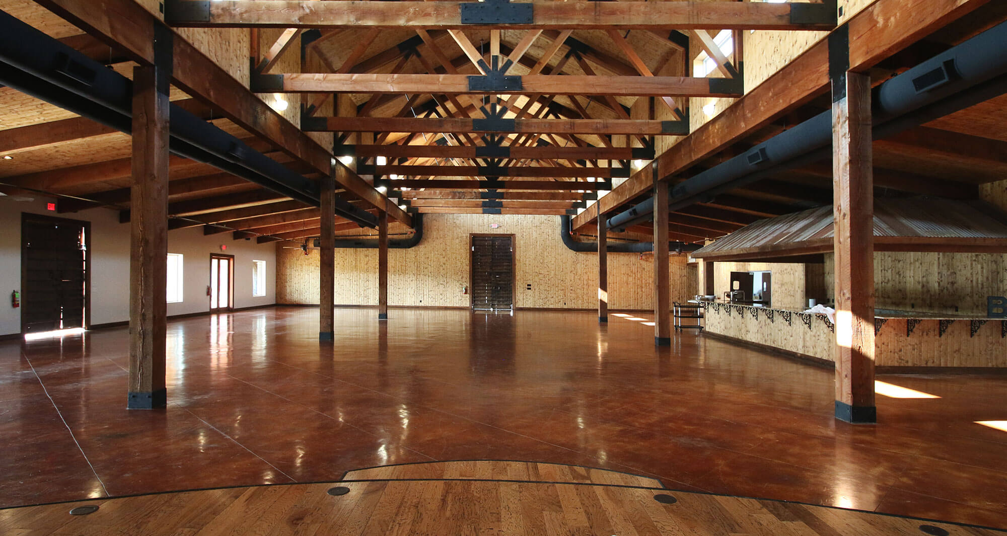 Lucky Spur Ranch – Reception Barn
