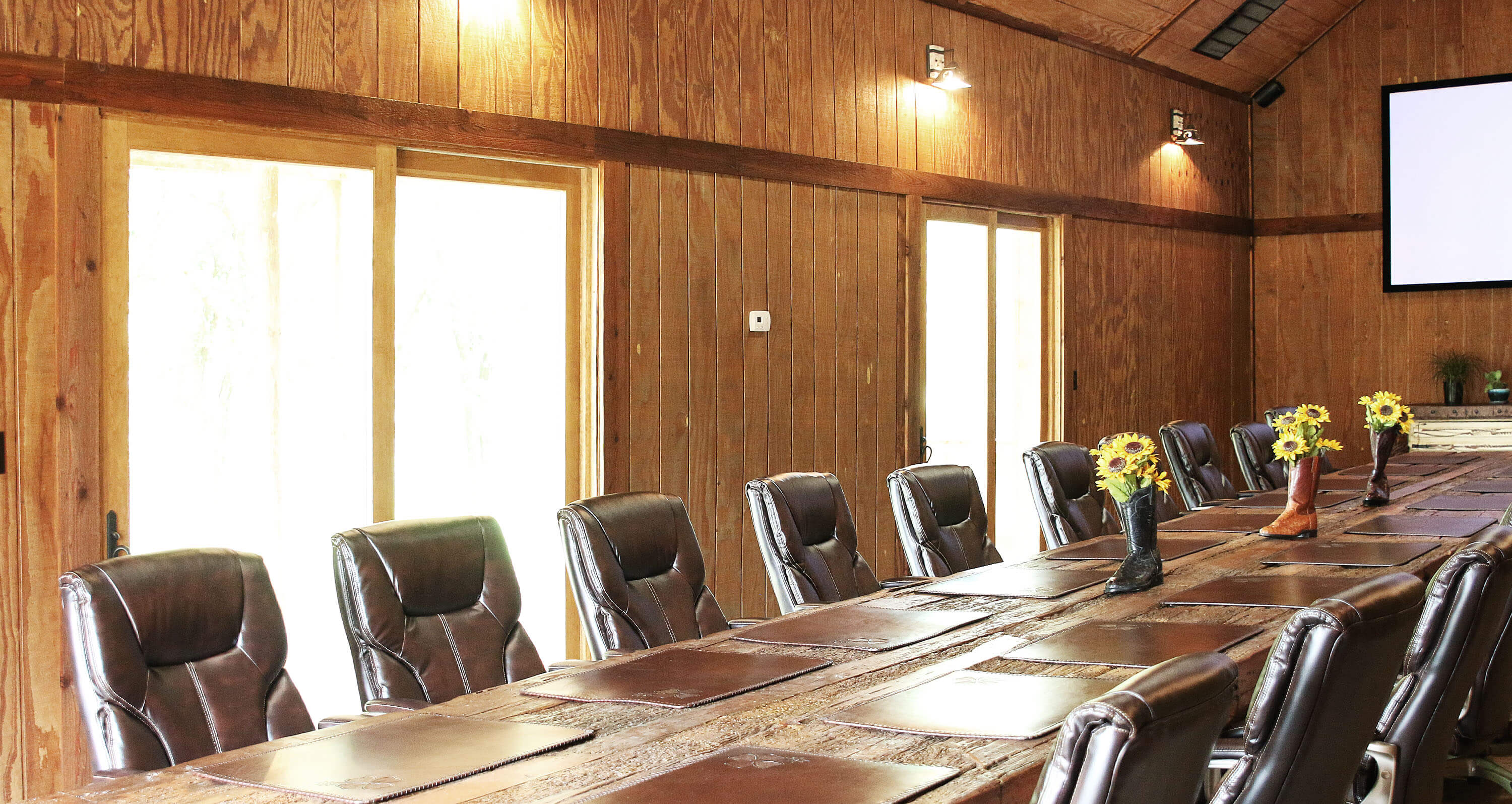 Lucky Spur Ranch – Conference Room