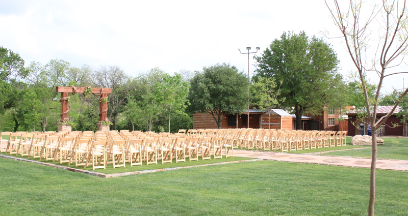 Lucky Spur Ranch – Open Lawn & Altar